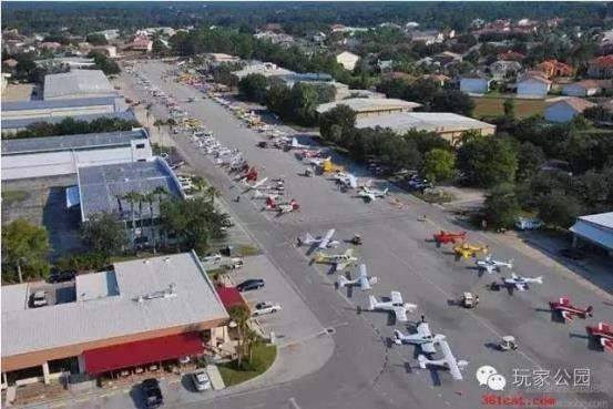 美国航空小镇鸟览图.png