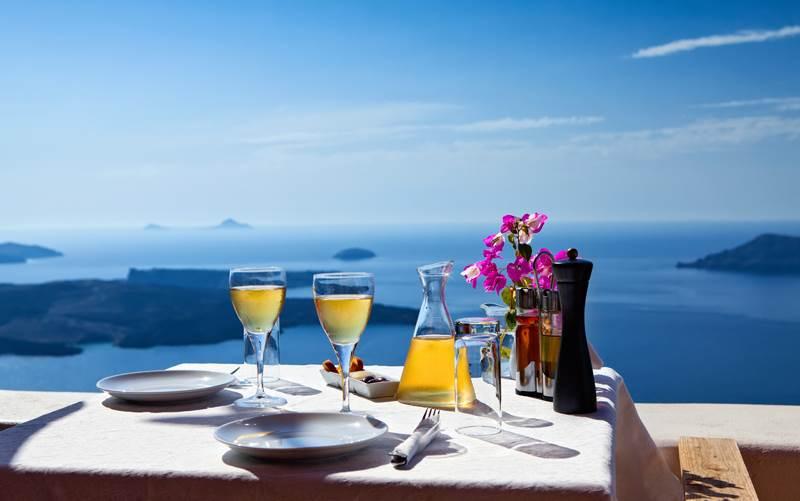 探索希腊葡萄酒,品尝爱琴海的神秘滋味