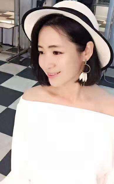 权小恬(权小蕊).png