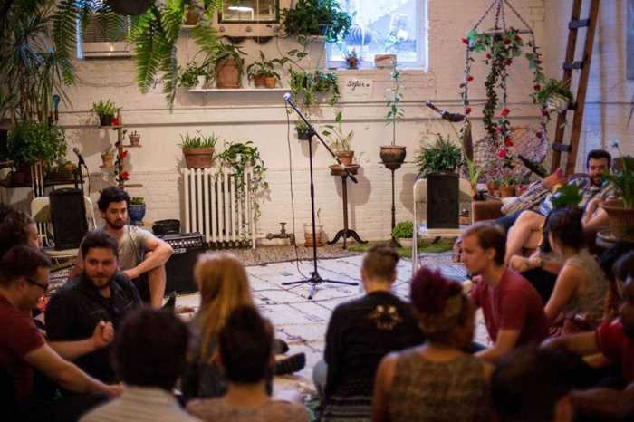 BTSNYC-Experiences-Up-Coming-Sofar-Sounds-NYC-Music-Plants.jpg