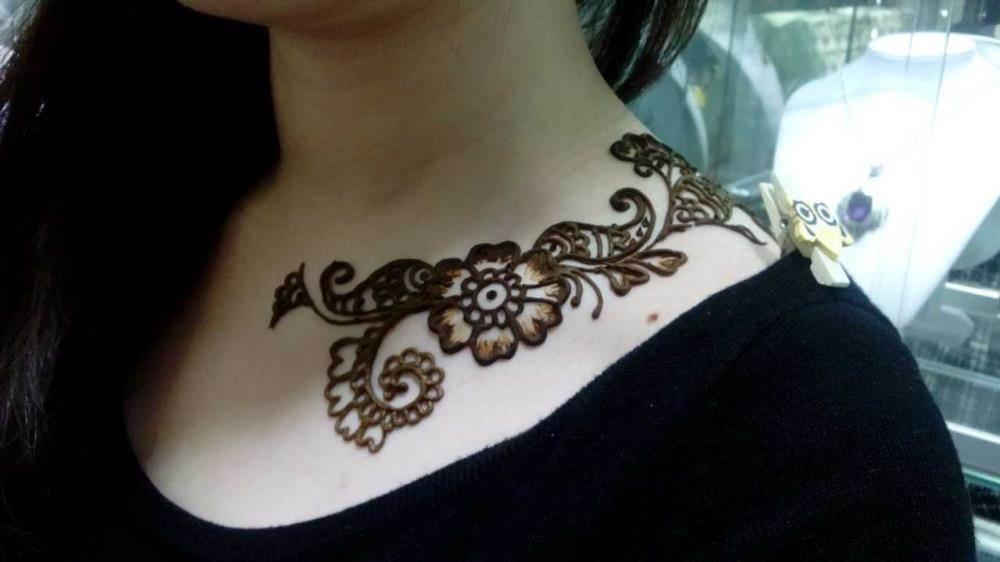 就来体验印度海娜手绘
