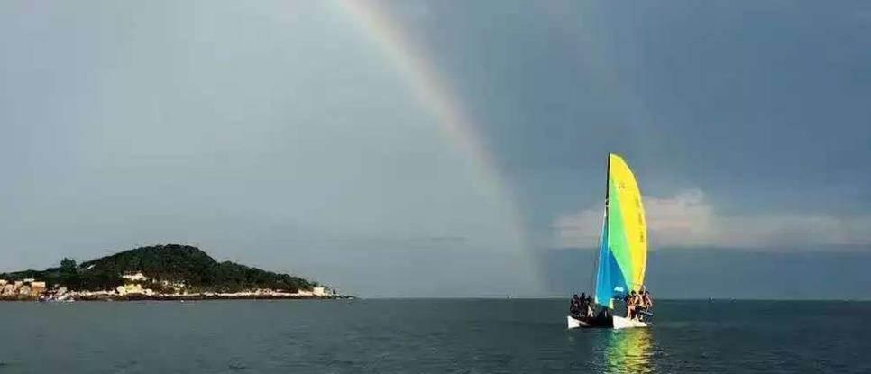 * 时间:9月25日 * 地点:福建省漳州市东山岛马銮湾潜水基地