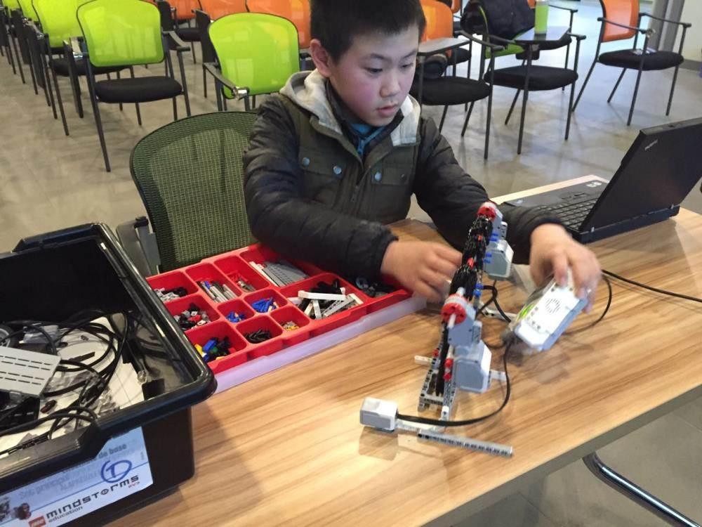 寒潮走了,来参加1月30日本周六16:00星智汇小小机器人创客diy系列活动图片
