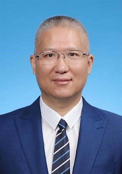 30 袁春博士.jpg