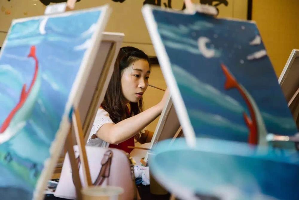中秋 油画主题活动:每个人心中都有一副大鱼海棠 (油画体验交友哌)