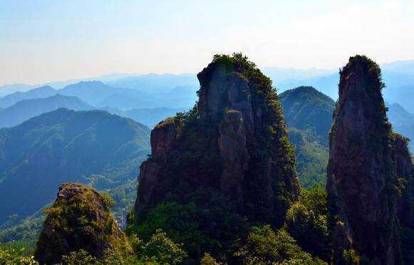 仙华山风景区,国家aaaa级风景区,国家重点风景名胜区!崛起于1.
