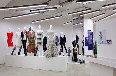 Women-Fashion-Power-exhibition-at-the-Design-Museum-designed-by-Zaha-Hadid_dezeen_468_0.jpg