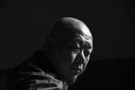 彭弘智PengHung-Chih,荣誉的军夫,2017,单频道高清影像.jpg