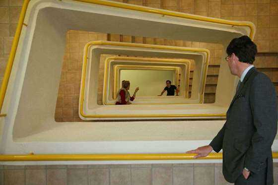 8.The Staircase楼梯.jpg