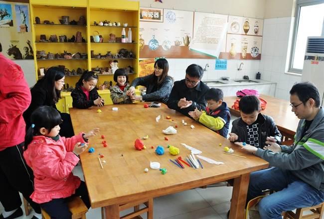 邀请少年儿童学传统艺术捏面人--免费体验面塑活动