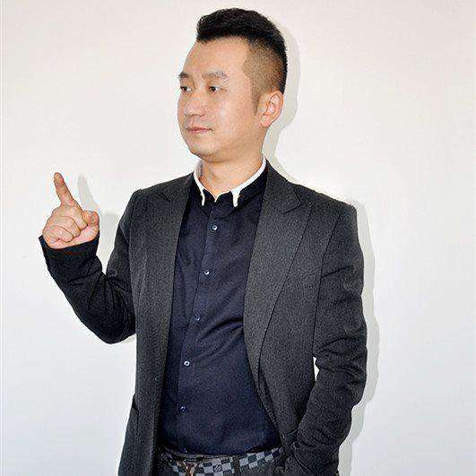 高雷  壹食一联合创始人_副本.jpg