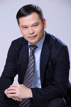 刘志雄.png