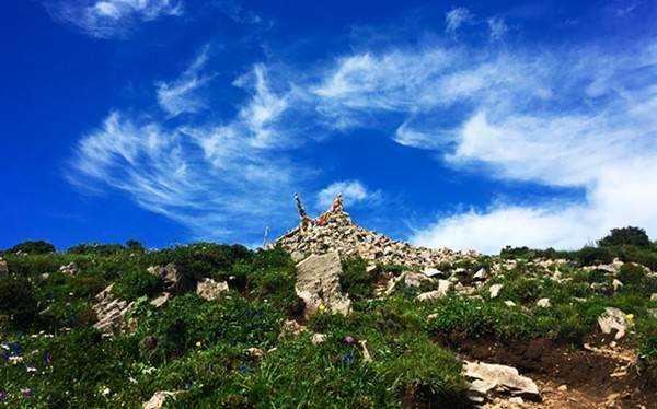 东灵山2.jpg
