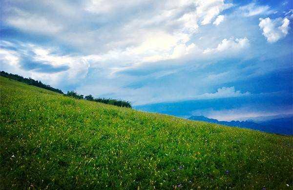 东灵山1.jpg