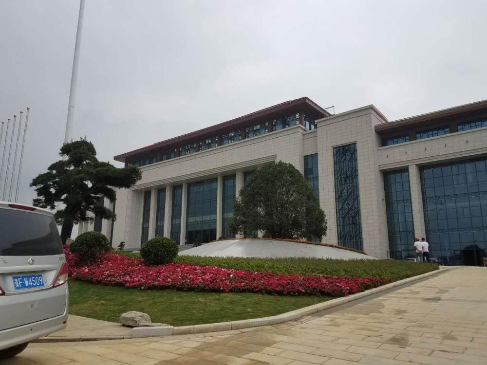 2016年10月13日(周四)上午9:00—12:00   活动地点:贵州省贵安新区