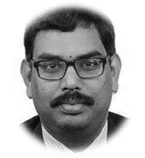 Dr. Srinivas Yanamandra黑白.jpg
