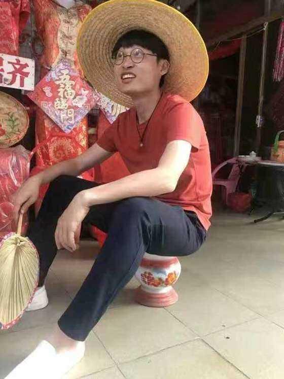 不正经历史研究所创始人 徐腾.jpeg