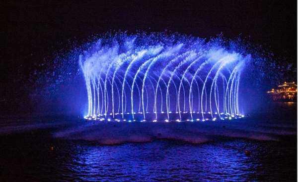 西湖音乐喷泉 (7).jpg