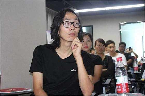 陈中数理化联合创始人-王总.png