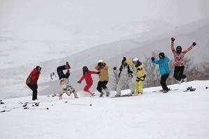滑雪一起嗨.gif