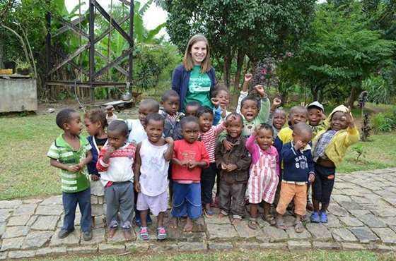 马达加斯加儿童关爱.JPG