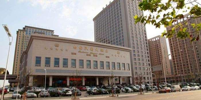 合肥白金汉爵大酒店.jpg