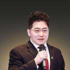 陆晨博士.png