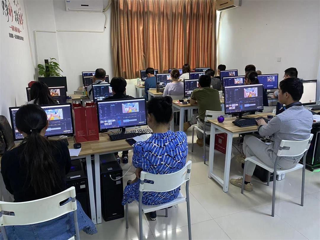 影视后期教室.jpg