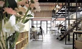 【场地联盟·BOXSpace「盒」空间:融入品牌合作与手作艺术的咖啡集成店】