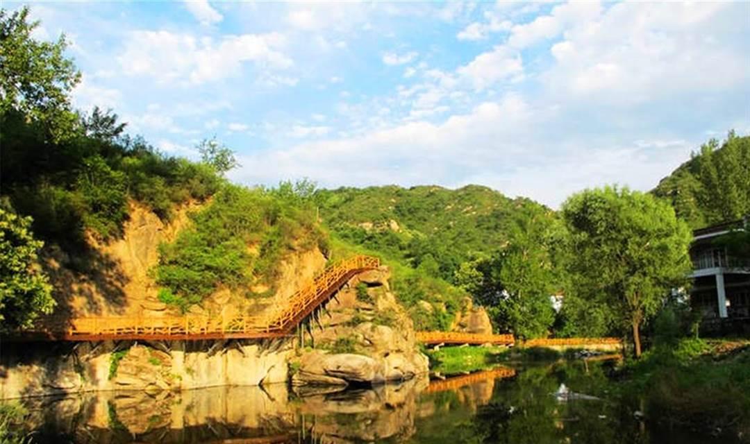【周末】 漫步神堂峪山水栈道,在山间野趣中自由穿行