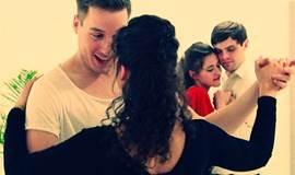 单向课堂  德国Galli戏剧工作坊:恋爱中的小不点