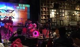 7.22迷波隆小型现场音乐会,只唱自己喜欢的歌!