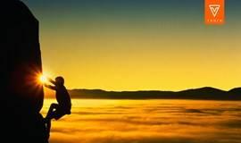 攀岩|除了勇敢向前,往后不剩退路