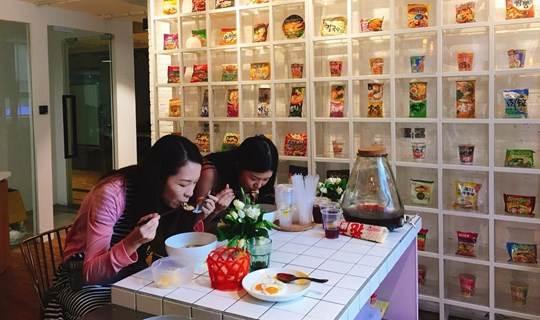 """""""重""""口难调,跟美食界网红吃遍全球口味匪夷所思的零食和饮料"""