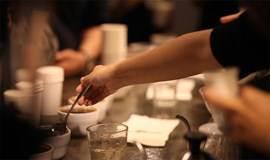 1.13 迷波隆咖啡制作加品鉴,一次喝掉很多咖啡就有精神跨年了!
