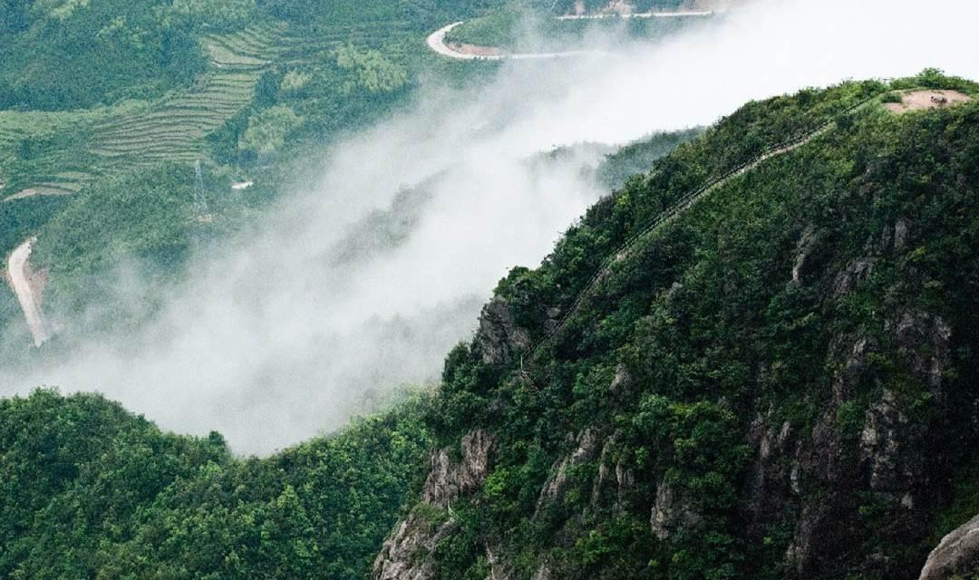 (确定出发)12月31号【刺激探险】:勇登金子山天梯,挑战顶峰上的玻璃廊桥