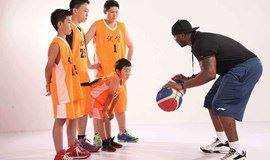 【0元】让孩子拥有好身体,好口语,跟着欧美外教打篮球,近百个场馆可选!