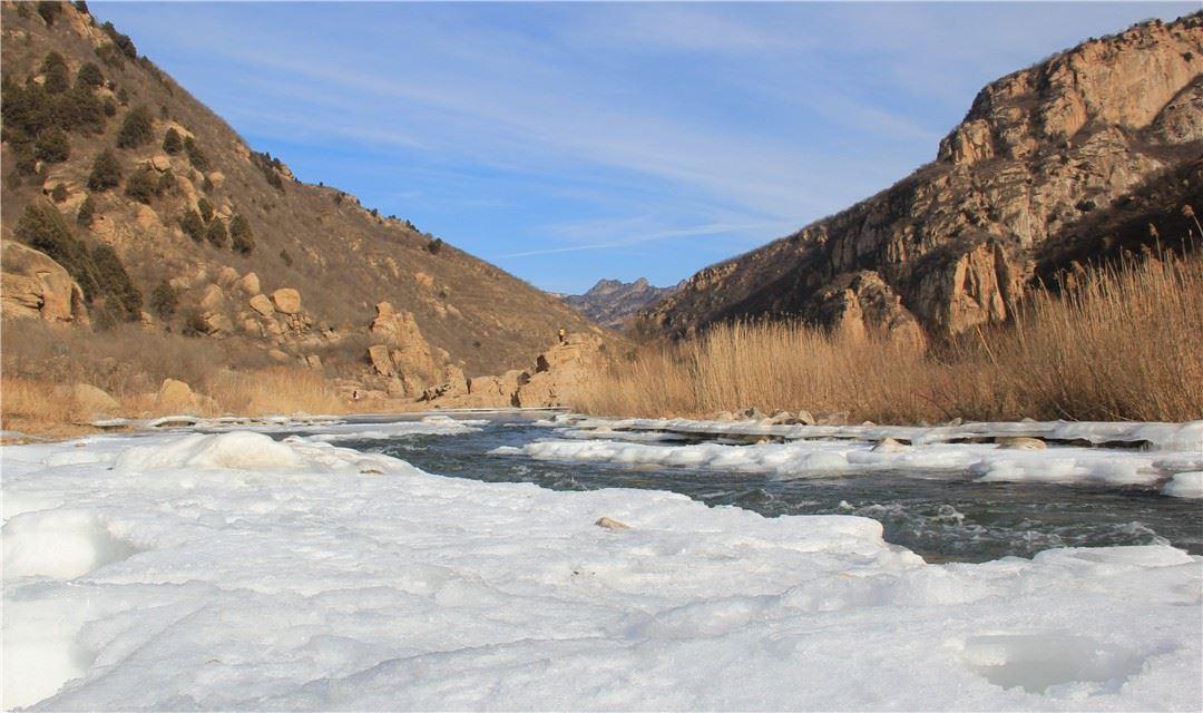 【白河峡谷】1.13周六,白河峡谷踏冰徒步,让子弹飞拍摄地休闲穿越,赏云梦仙境冰瀑,一日活动!