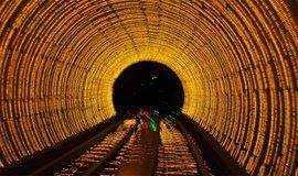 4月8日,莘庄夜游时光隧道徒步交友活动