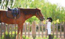 【9.9元秒杀】亲子骑马课!做一名小小骑士,体验马背上的快乐~