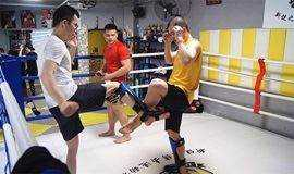 5月迷波隆自由搏击训练课:硬汉是练出来的!