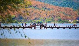 【单身专题】相约中国唯一的山海湖全景度假胜地--南北湖环湖徒步(1天)