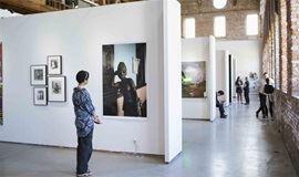 首届北京艺博会,欣赏来自中国、亚洲及欧美的艺术精品 | 画廊游