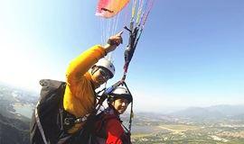 """约""""飞""""!带你乘着滑翔伞昌平上空游蟒山"""