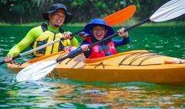 暑假去哪儿 | 亲子四渡行:飞拉达、皮划艇、攀岩、桨板、露营、BBQ……郊外的夏天很美好