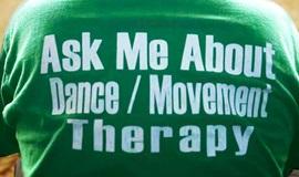 加班不是生活的意义,舞动才是生命的韵律——与世界顶级舞动治疗师一起发现疗愈自我