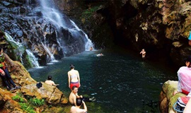 【端午节 】 你的情人我的谷 石头河淌水泡潭子 第5期 6月23日