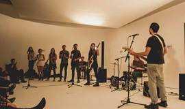 【8月北京三里屯 在繁华中感受冷静与克制】遍布全球的青年社群SofarSounds沙发音乐