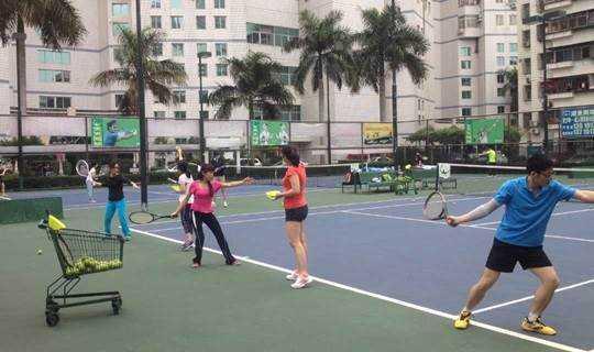 深圳网球培训-周末打网球让我们一起挥洒汗水吧!