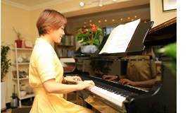 成人30分钟学会弹钢琴--2节课学会2首歌